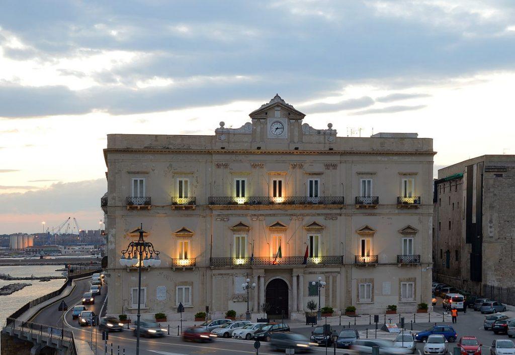 Taranto, Palazzo di Città