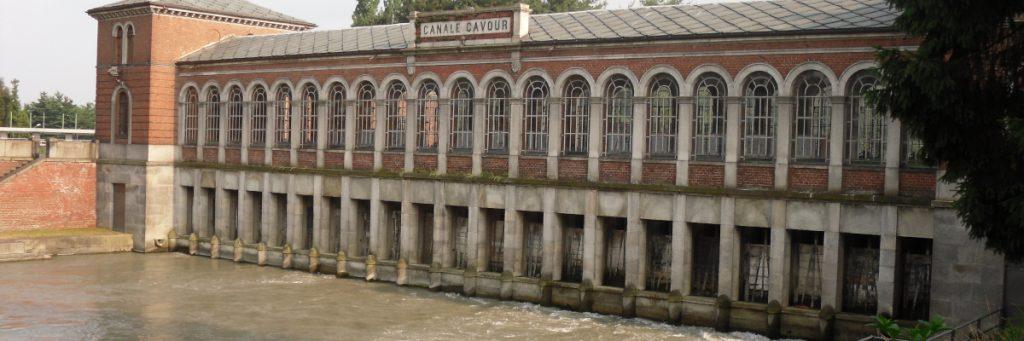 Chivasso. Edificio d'imbocco del Canale Cavour